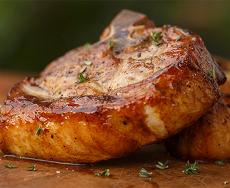 Шашлык. Как выбирают мясо, как готовят и с чем его едят