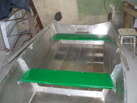 Алюминиевая лодка (кокпит)